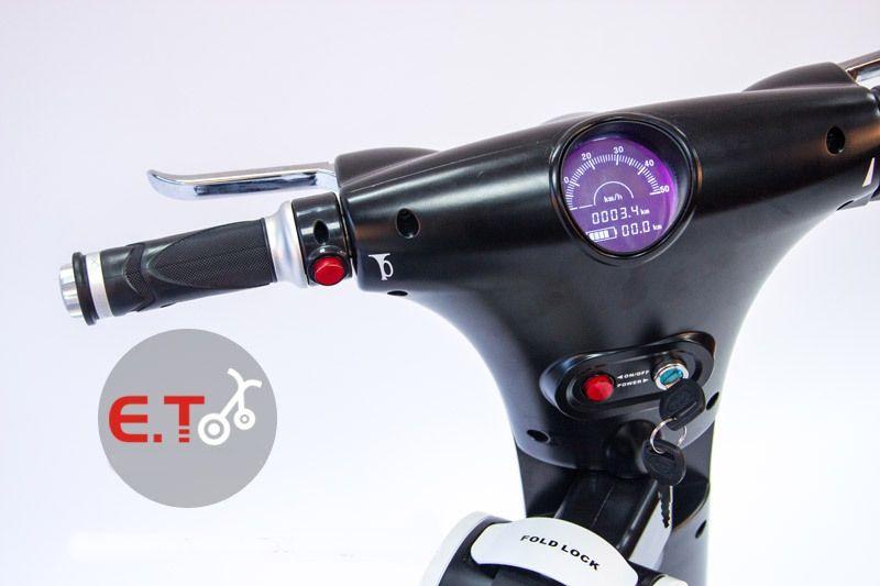 Electric Scooter Two Wheel Folding Bike 48V/11AH  Lithium Battery 2*350W Motor  smart balance car