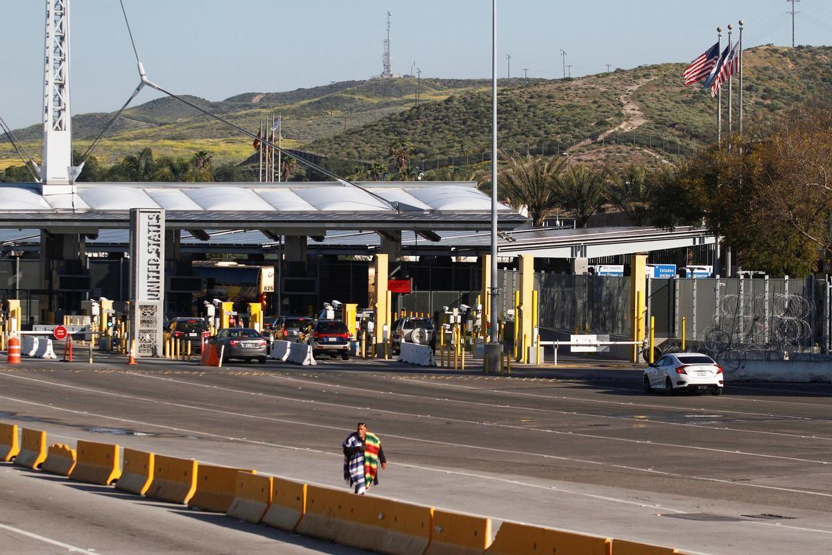 Mexico agree on importance of trade despite border