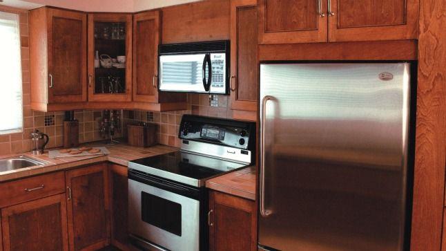 Mod le d 39 armoire de cuisine recherche google mode for Armoire de cuisine en merisier