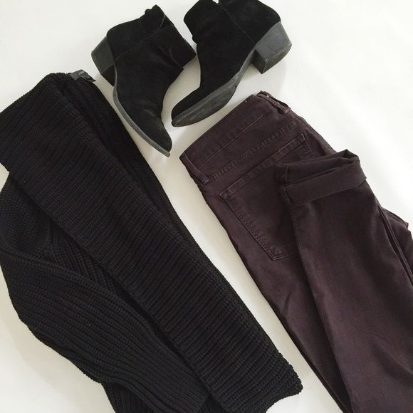 """Vince Skinny Jeans Vince Mid-Rise Skinny Jeans in deep eggplant colored soft denim. Ankle length.  True color in first pic.  Pre-loved but in excellent condition.  No holes, stains or tears.  BUNDLE with sweater to SAVE and GET THE LOOK!  Measurements laying flat: Waist (across): 15.5"""" Hips: 18"""" Rise: 9.5"""" Inseam: 29.5"""" Vince Jeans"""