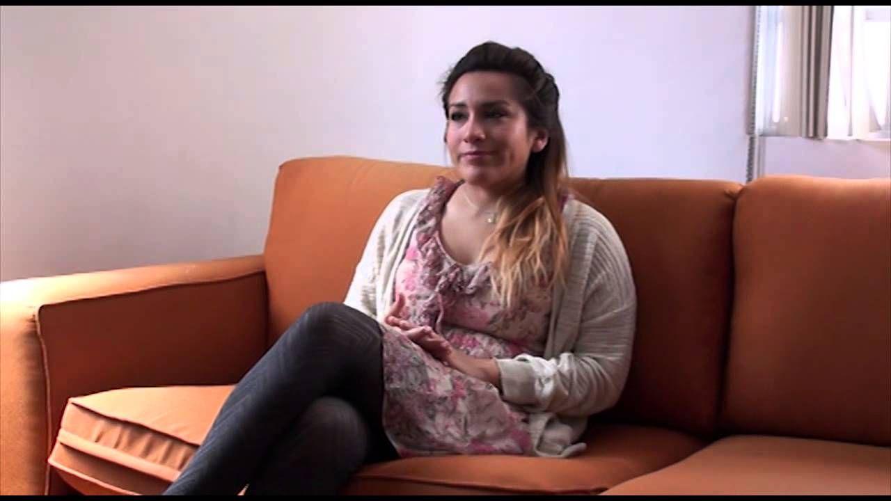 Entrevista con Nadia Escalante Andrade (1982) sobre Octubre. Hay un Cielo que Baja y es el Cielo (Textofilia, 2013), su primer libro de poesía.