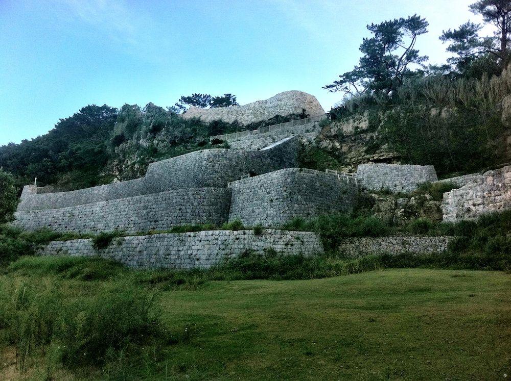 Nakagusuku Castle Ruins In Okinawa Prefecture Japan High ... |Okinawa Japan Ruins