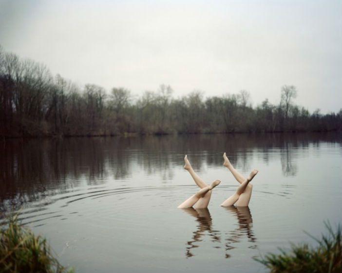 Waterballet op een onlogische plek: middenin de natuur