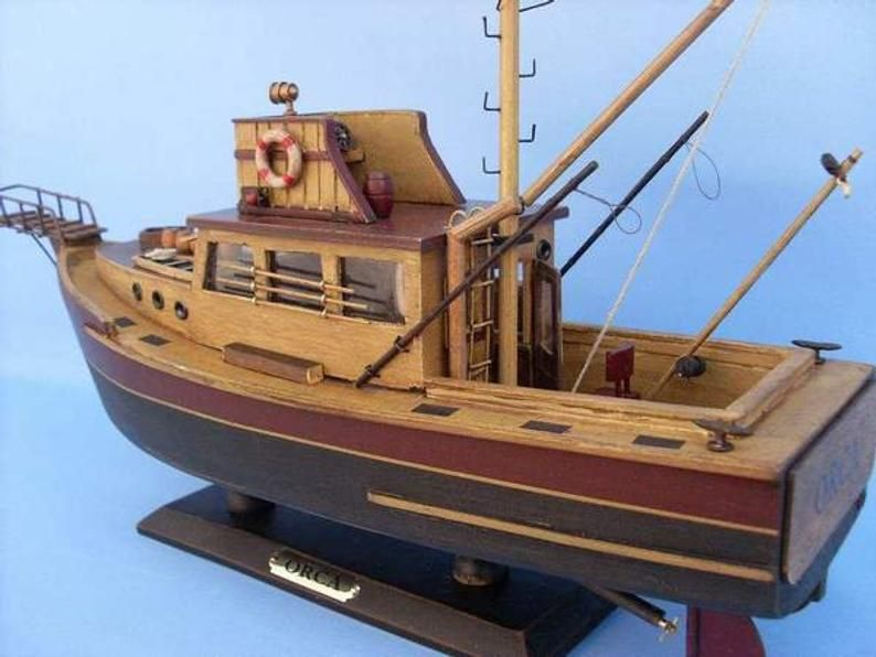 Wooden Jaws – Orca Model Boat 20″