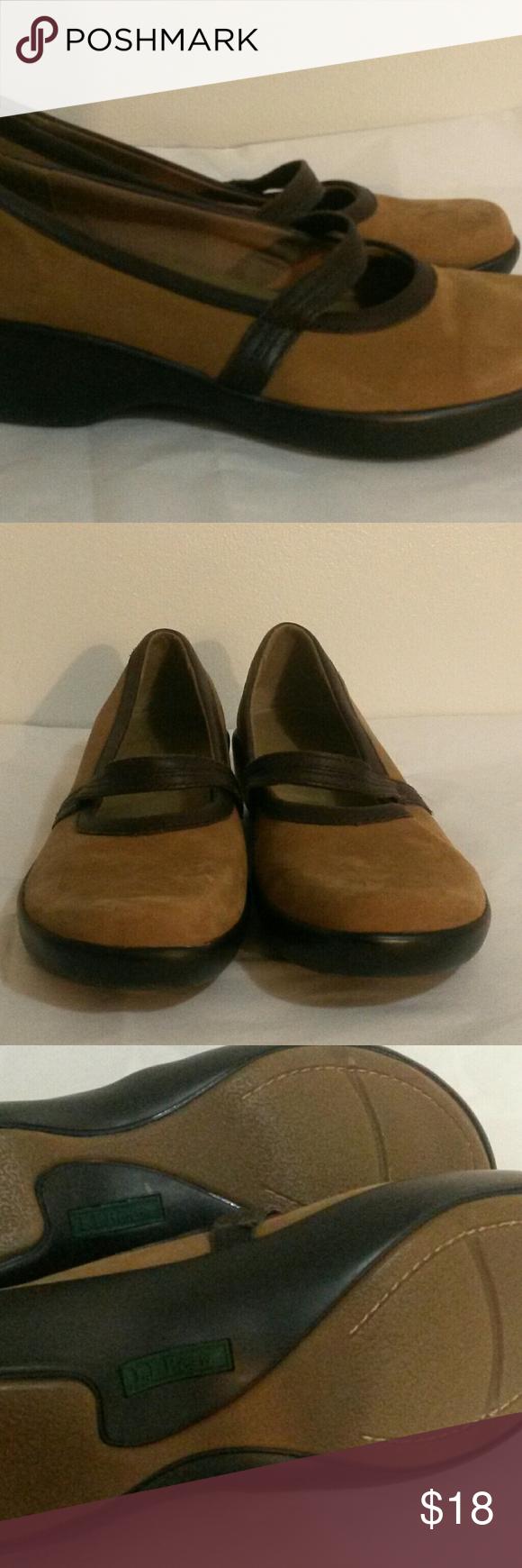 L.L.Bean Flats In excellent condition L.L. Bean Shoes Flats & Loafers