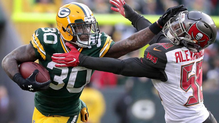 Fantasy Football Rankings Week 16 Model That Beat Experts Says Start Jamaal Williams Sit Phili Fantasy Football Fantasy Football Lineup Fantasy Football Names