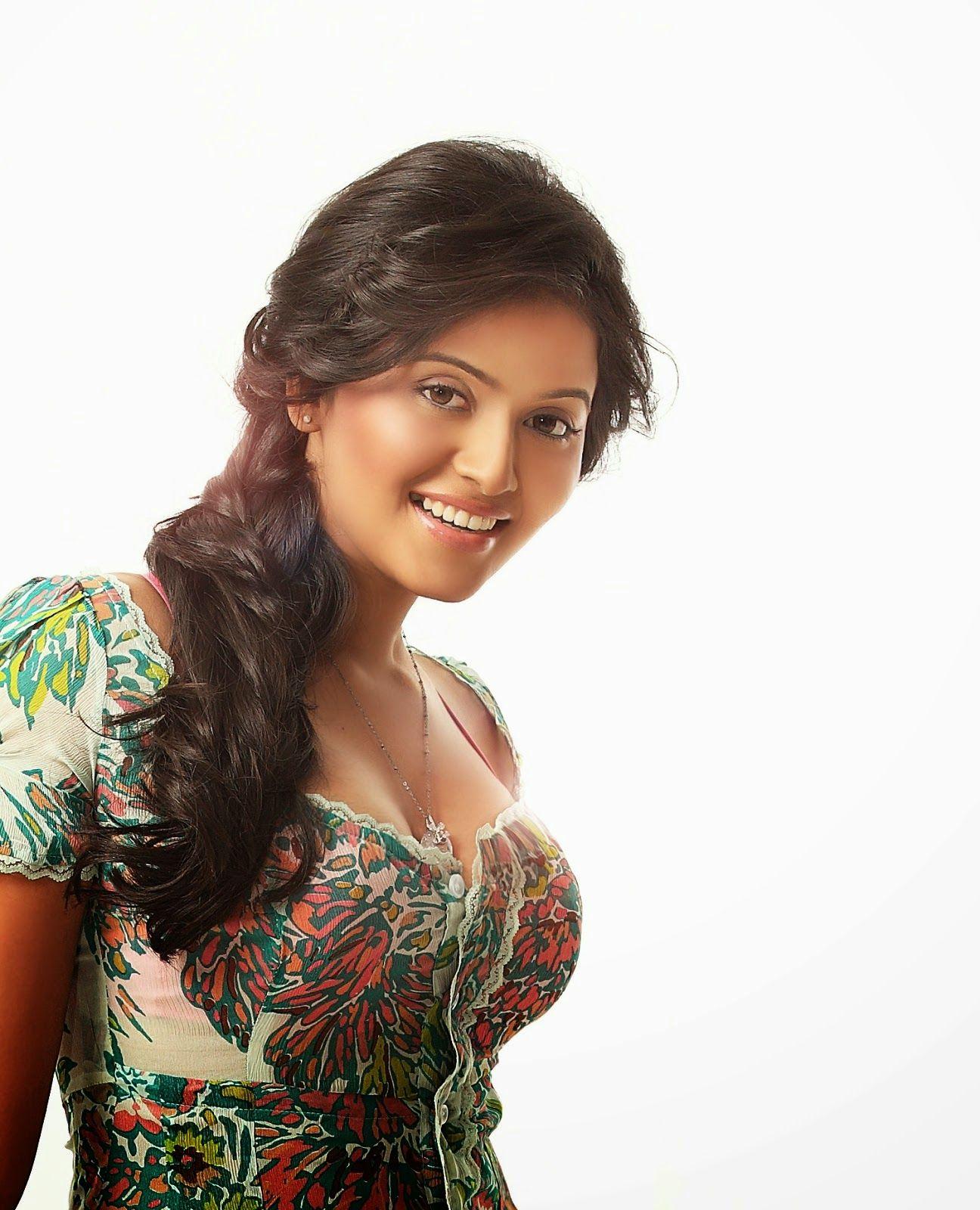 Kushboo Tamil Hot Cheap http://rockingfunnyvideos.blogspot.in/2014/03/actress-kushboo