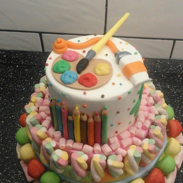 Torta con caramelle e pasta di zucchero torte con - Casa di caramelle ...