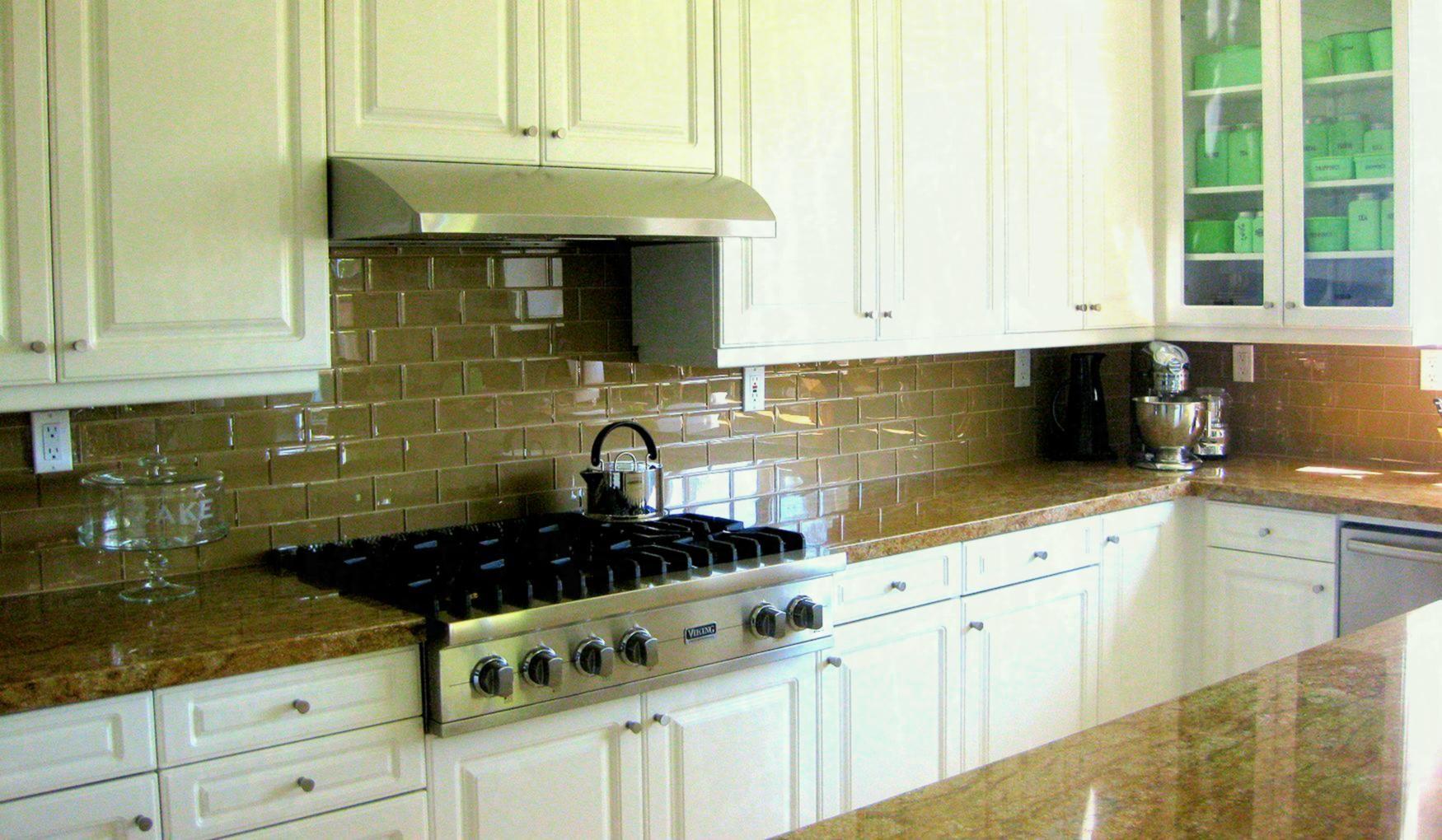 Kitchen Backsplash Ideas Black Granite Countertops White