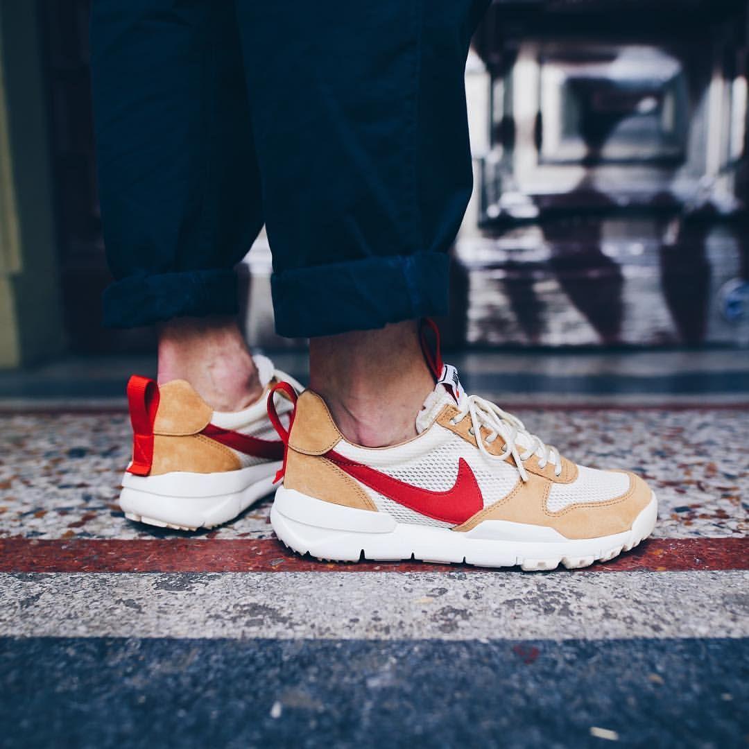 7adfdbb14fd56 Tom Sachs x Nike Mars Yard 2.0 Soulier