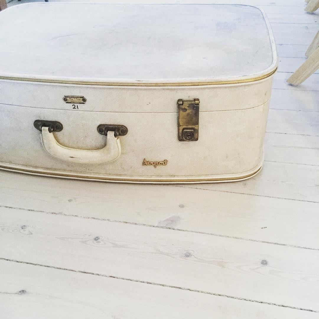 Fin gammel kuffert :)