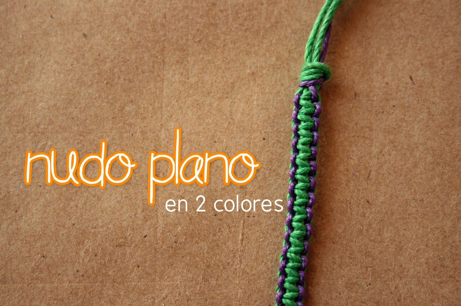 f051026fd765 Craftingeek   Pulsera  Nudo Plano de 2 Colores    Macrame FACIL ...