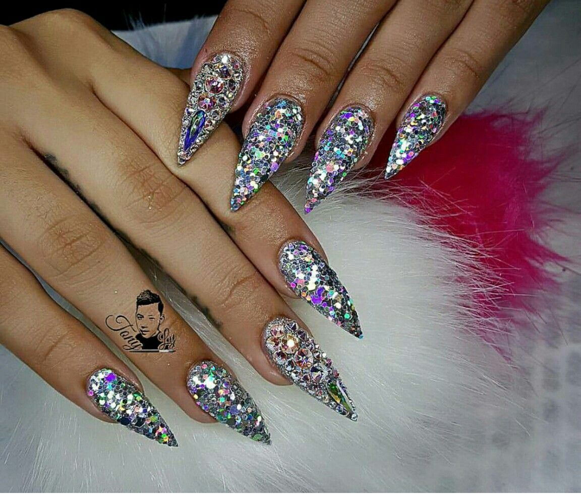 Most amazing set of nails. Go visit @tonysnail via instagram and see ...