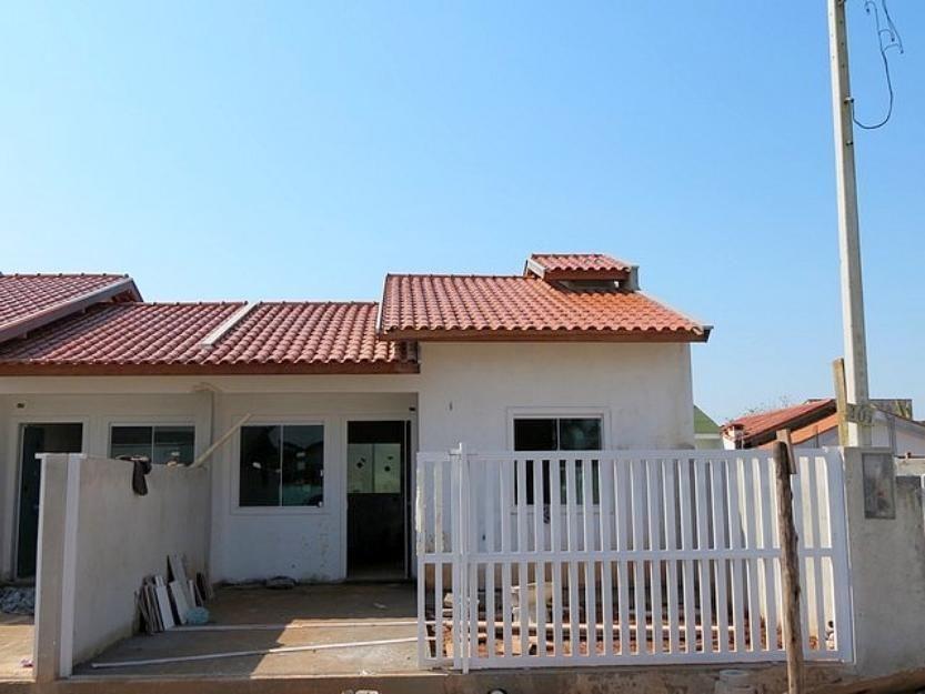 Ótimas casas geminadas em excelente localização
