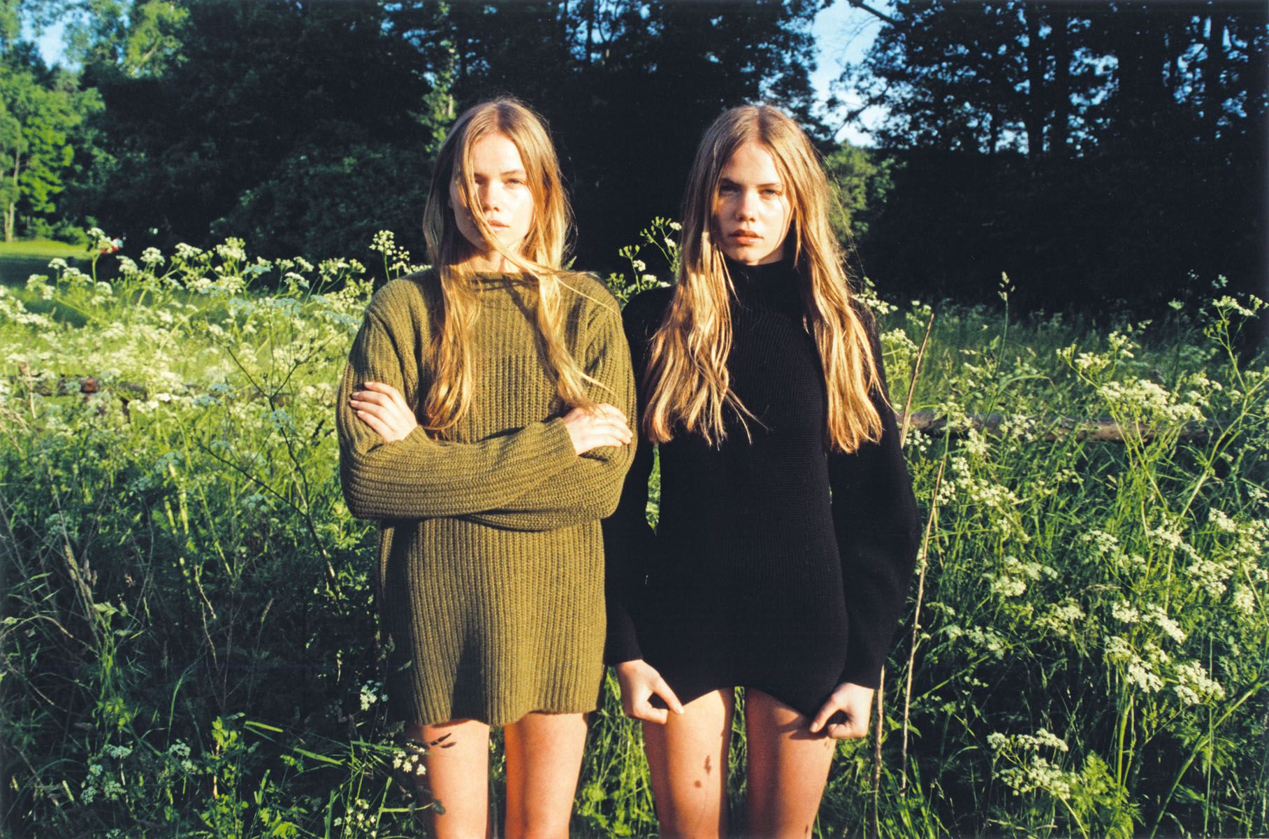 ZEIT Magazine – July 4th 2013  *  editorial: Naturschonheiten  models: twin sisters Inka Hoeper & Neele Hoeper  *  photographer: Lina Scheynius