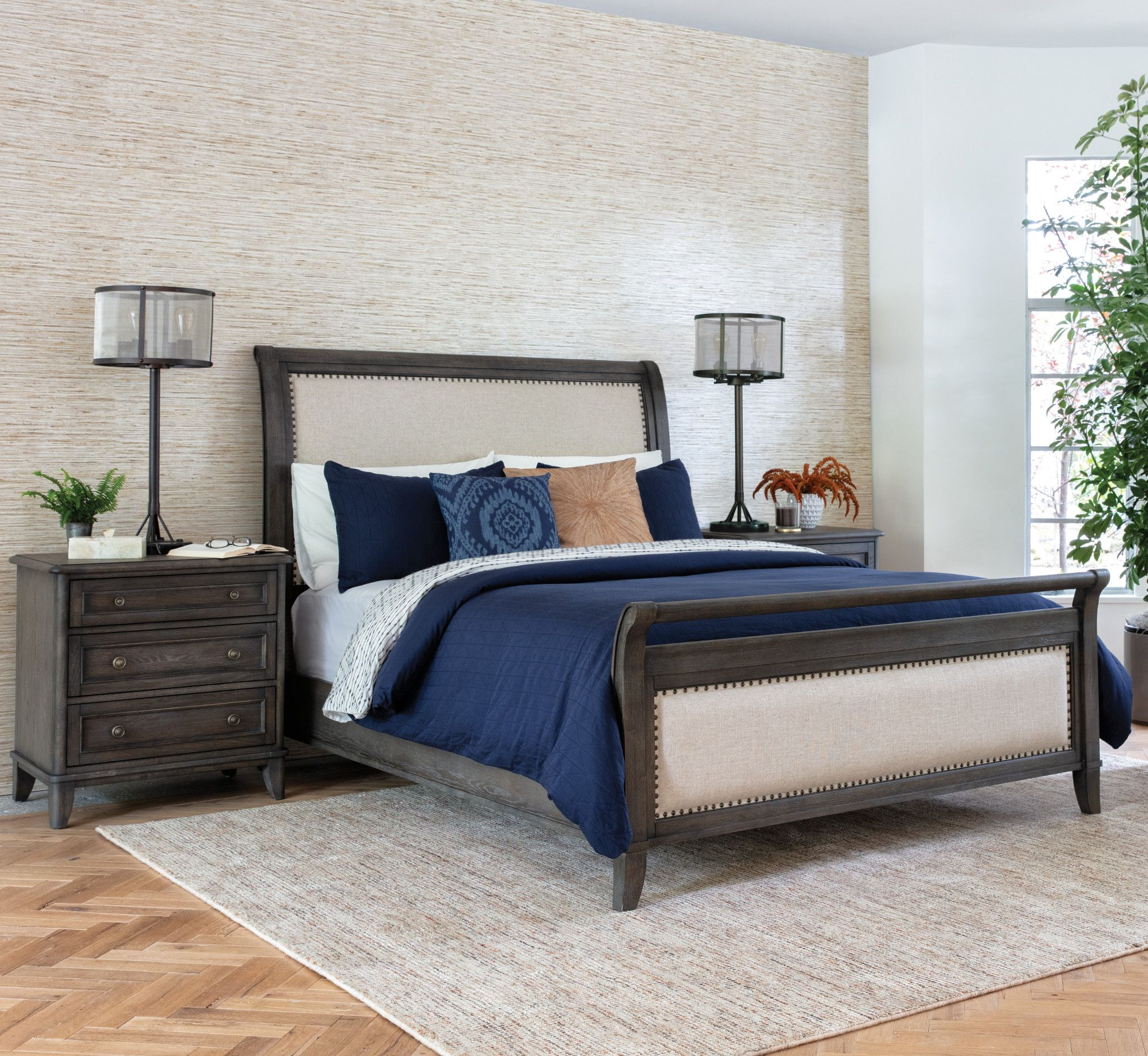 Best Candice Ii Queen Sleigh Bed Bed Sleigh Beds Sleigh Bed 400 x 300