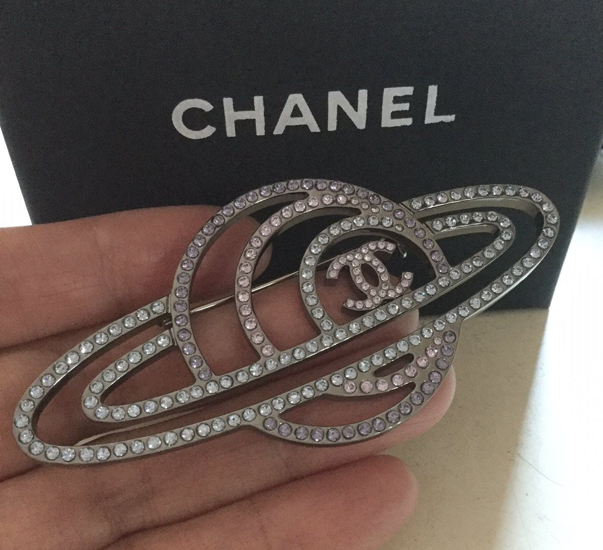 830af259675 CHANEL+Crystal+Saturn+Brooch+Pin+GALACTIC+SPACE+Runway+2017+Fall+Large+Size+ NIB