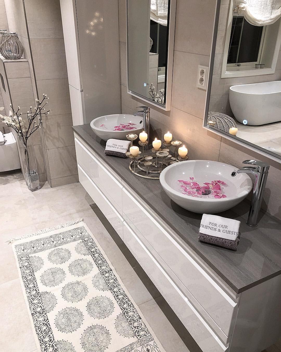 "Photo of Nytalhjem ☘️'s Instagram photo: ""Who run the world?? GIRLS💪🏻 International woman's day❤️ . . #bathroom #baderomsinspirasjon #bathroomdesign #interior123 #interior4inspo…"""