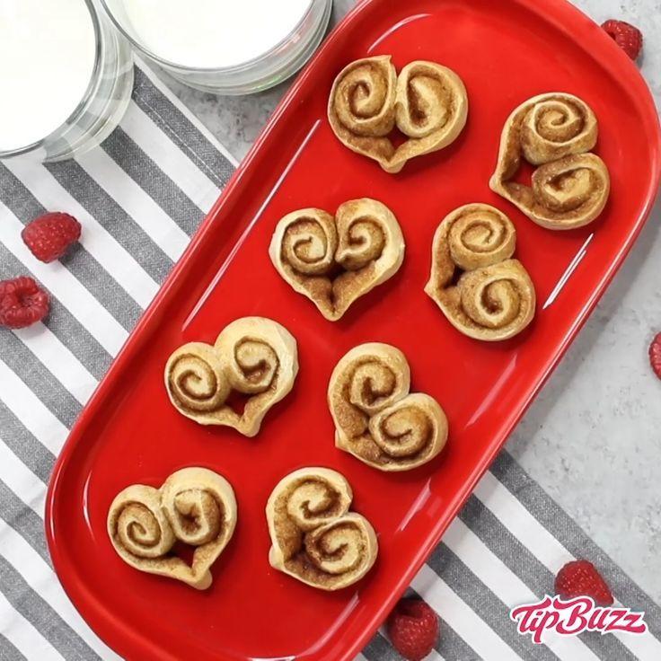 Heart Shaped Cinnamon Rolls {3 Ingredients!} - TipBuzz