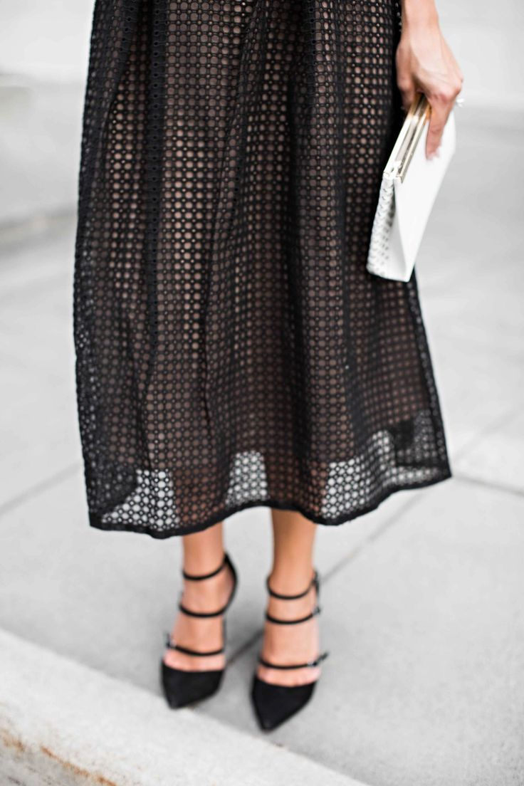 self portrait dress, strappy heels, blonde, fashion, fashion blogger, street style, womens fashion