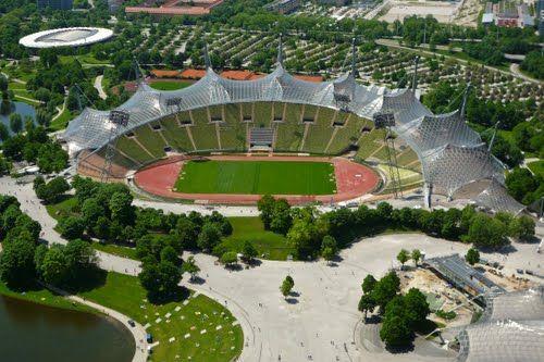 Olympiastadion Munchen Mit Bildern Bayern Munchen Munchen