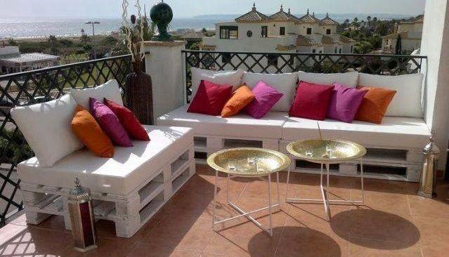 holzpaletten ein g nstiges und einfach zu erhaltenes. Black Bedroom Furniture Sets. Home Design Ideas