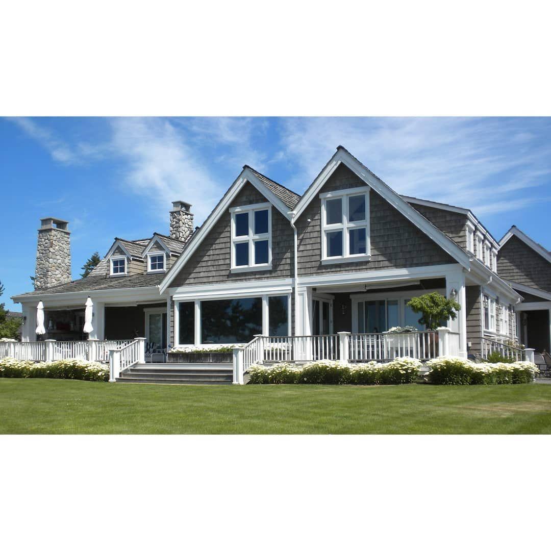 Best Beautiful Western Red Cedar Grey Shingles Give This Beach 400 x 300