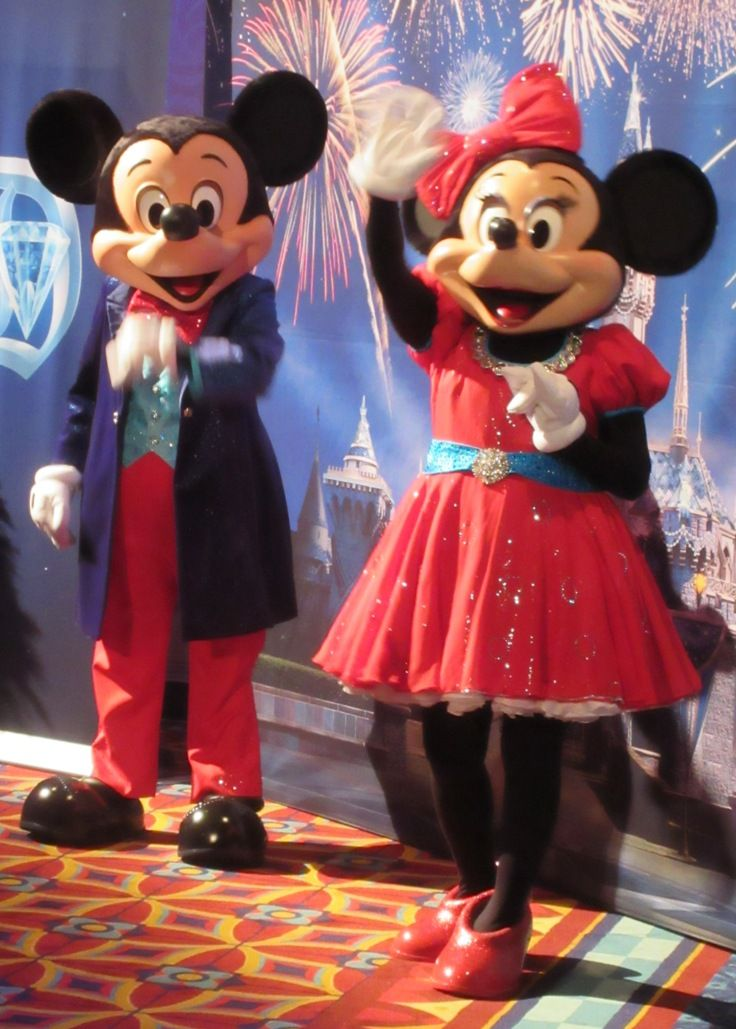 Mickey Mouse & Minnie Mouse all dressed up to celebrate Disneyland's 60th Anniversary. #Disneyland60