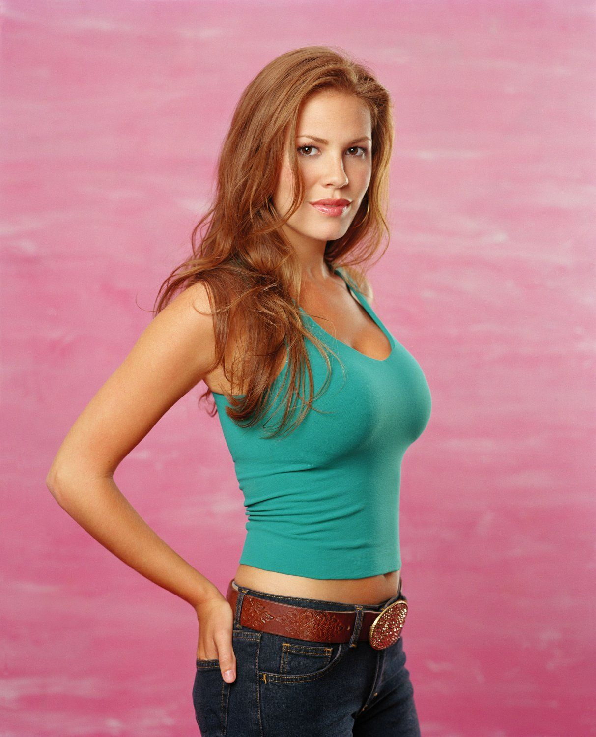 Is a cute Cleavage Nikki Cox naked photo 2017