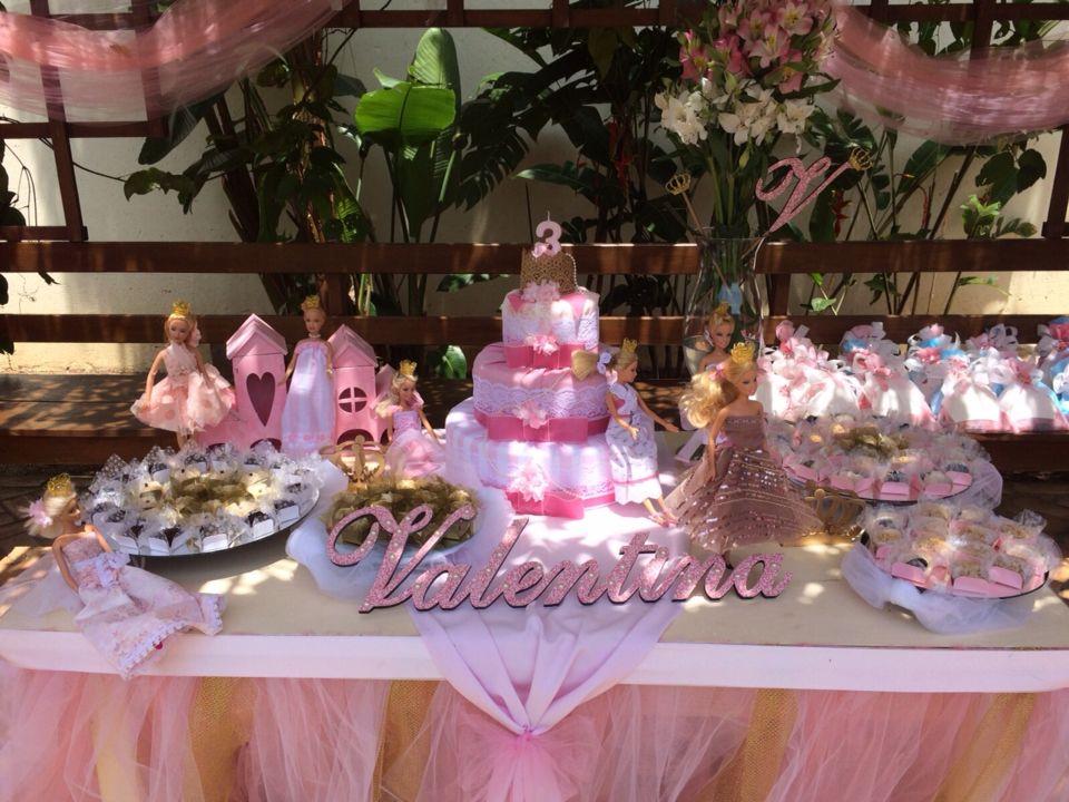 Festa infantil barbie princesa.