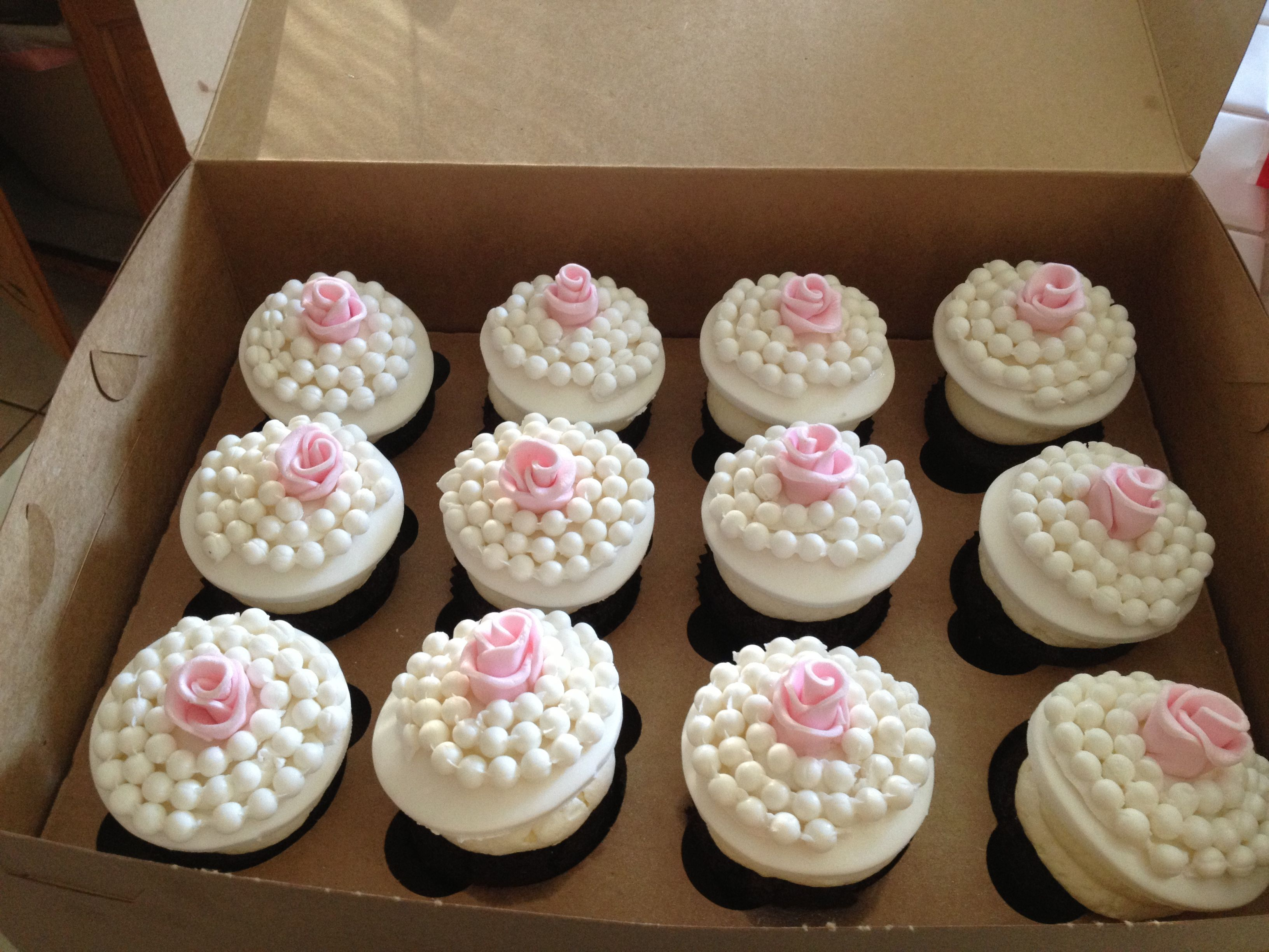 bridal shower pink fuchsia and zebra pink pearl cupcakes