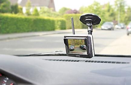 ProUser RVC 3610 Rückfahrkamera und Einparkhilfe, kabellos. https://www.plus.de/p-1442645000?RefID=SOC_pn