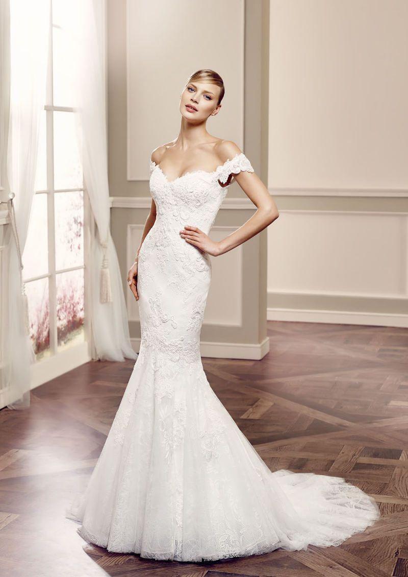 Modernes Brautkleid mit Hingucker-Dekolleté. Perfekt für dich, oder ...