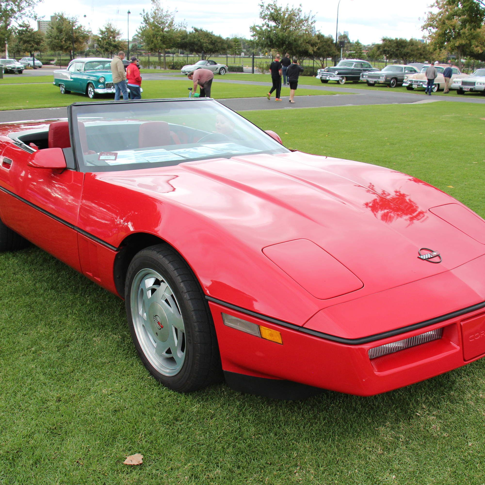 10 Cheap Cars That Are Faster Than An '80s Corvette