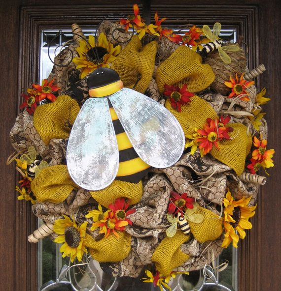BURLAP BEES and SUNFLOWERS Wreath by decoglitz on Etsy