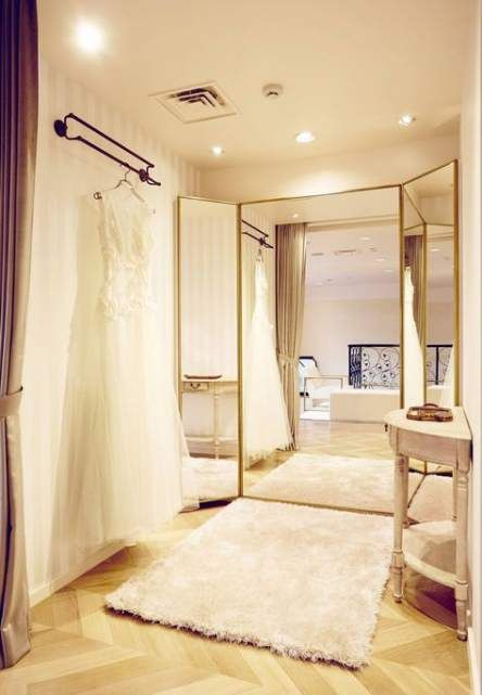 Best bridal suite room decor Ideas #bridalshops