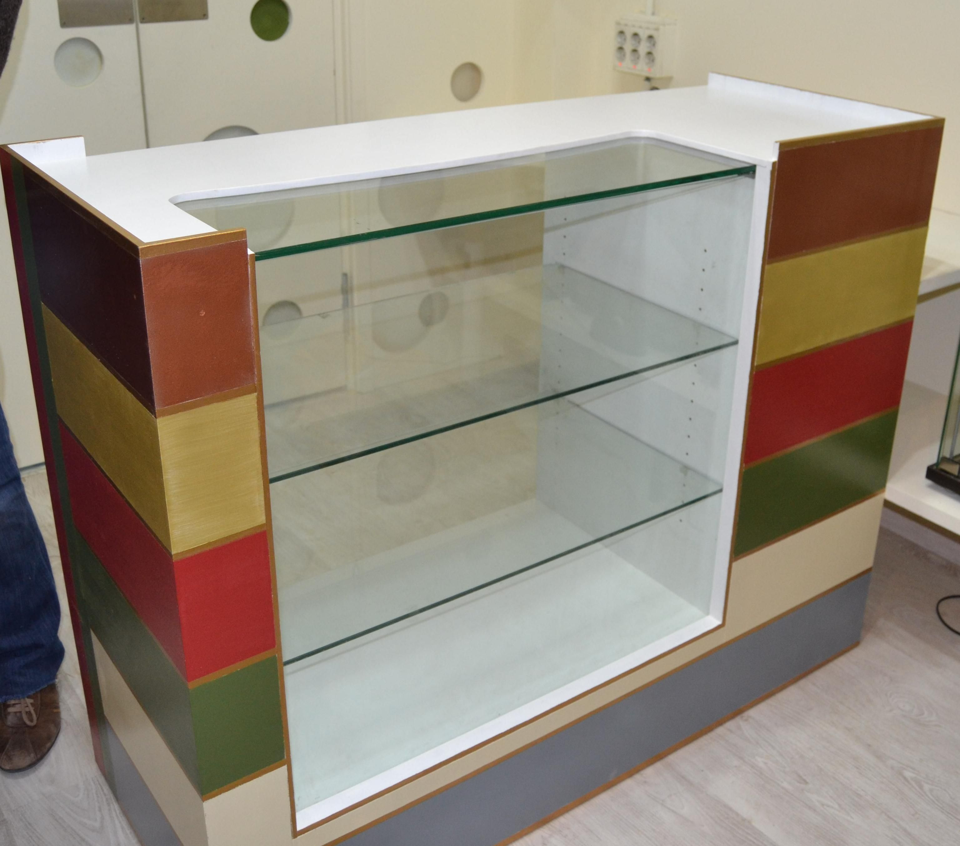 Muebles de melamina para negocio de ropa for Muebles melamina