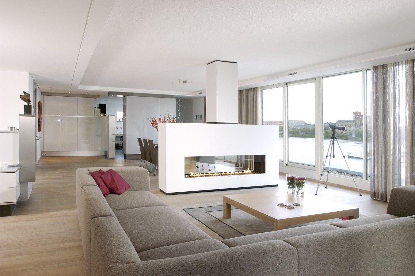 zentrale kamine sind wahre skulpturen suchen spektakul re. Black Bedroom Furniture Sets. Home Design Ideas
