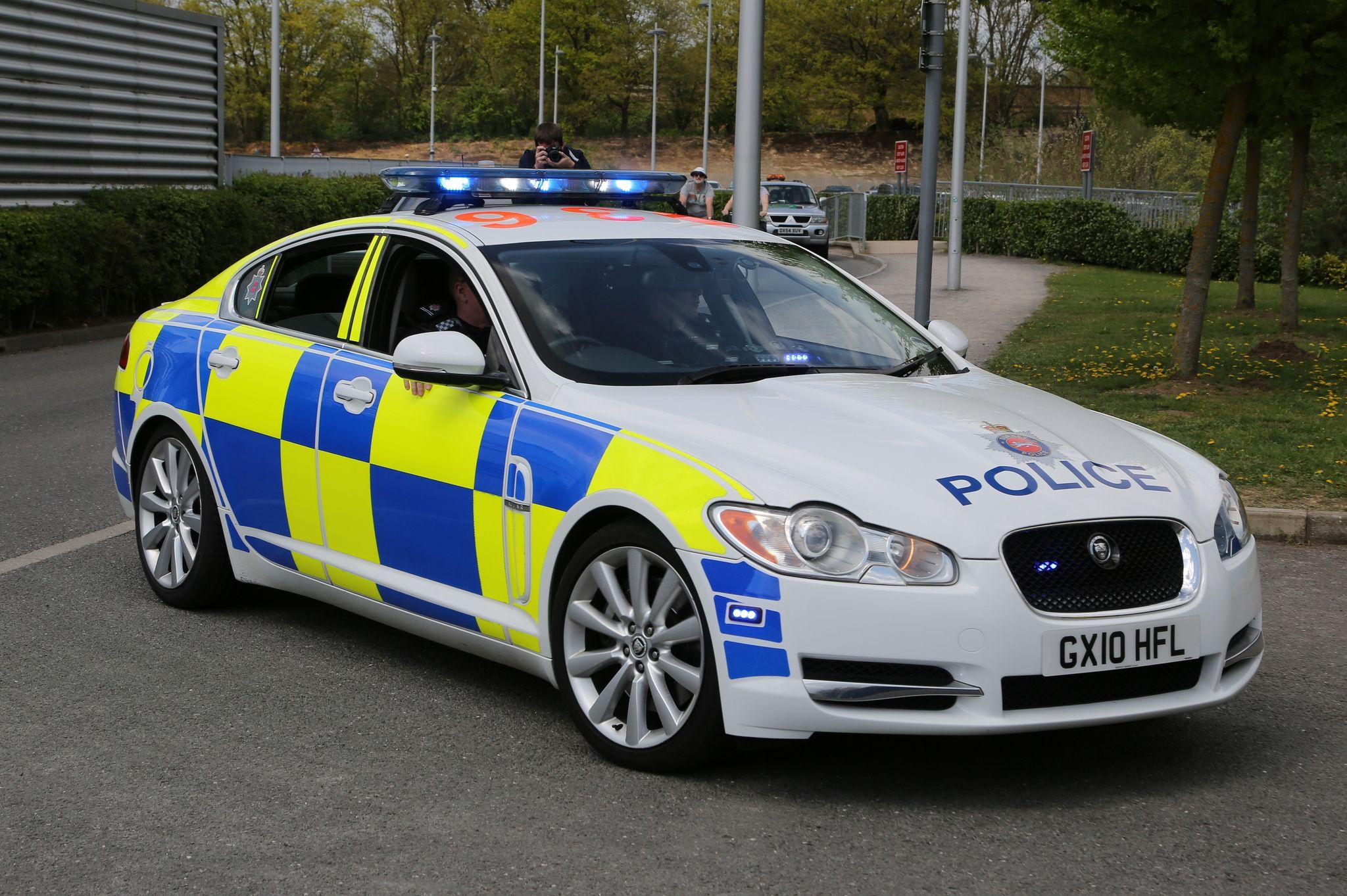 Gx10 Hfl Surrey Police Roads Policing Unit Jaguar Xf