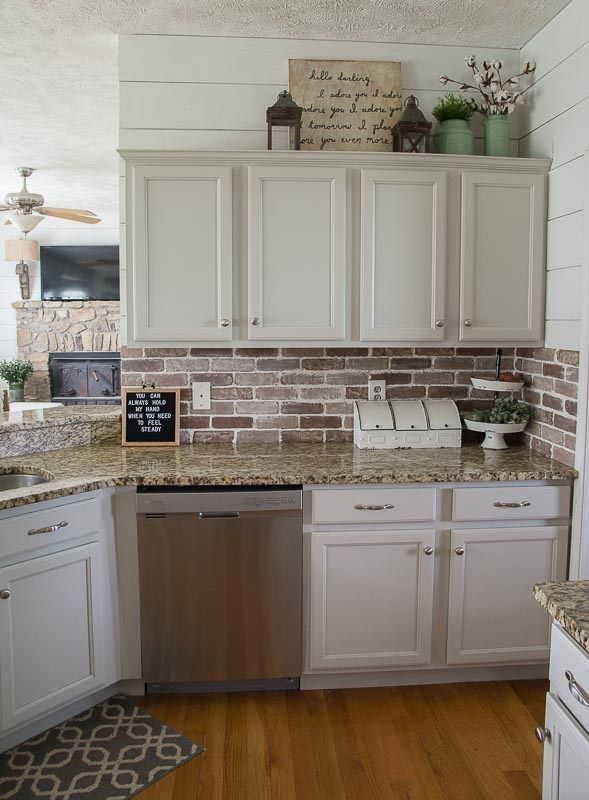 44 Interesting Kitchen Backsplash to Copy Right Now - decorrea.com #kitchenbacksplash