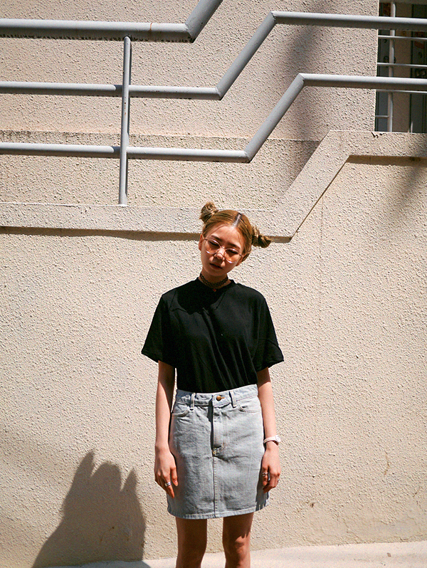 eat-studios.kr that jeans skirt is a must-have!!