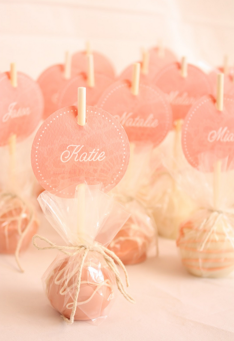 Cake pop wedding favors! Red velvet of course! | Christmas party ...
