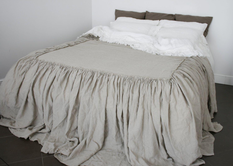 LINEN COVERLET dust ruffle. Ruffled linen bedspread, dust