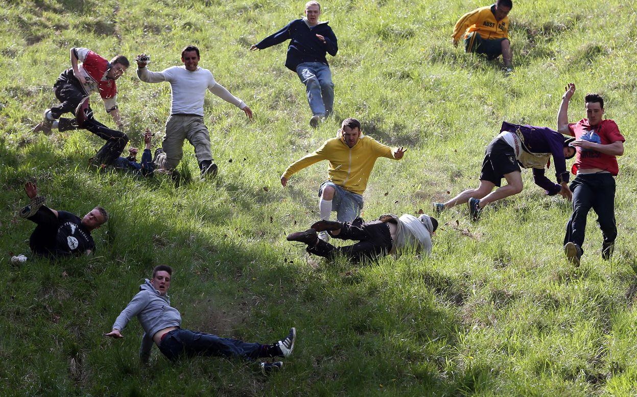 Cooper's Hill Cheese Rolling Race, UK sports weird