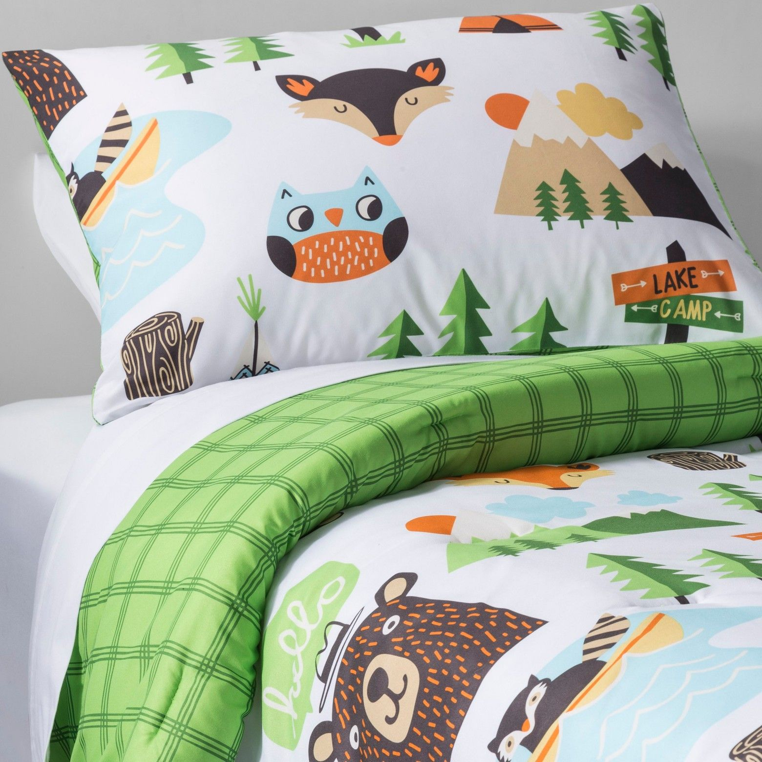 Woodland Creatures Gather On The Campfire Critters Comforter Set