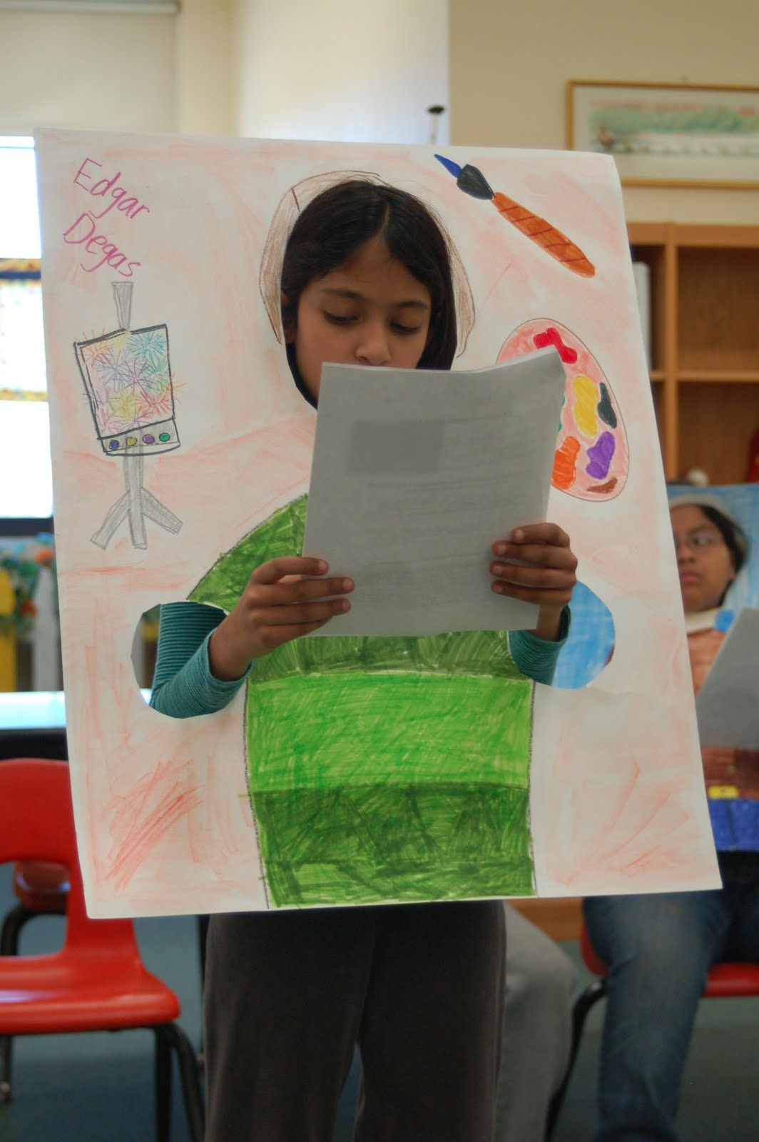 What A Creative Way To Use A Poster Dress Up Like Person Character That You Are Doing A Report On First Grade Writing Biography Project Teacher Friends
