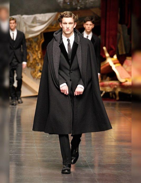 Cape Over Suit Dolce And Gabbana Man Men Fashion Show Cape Fashion