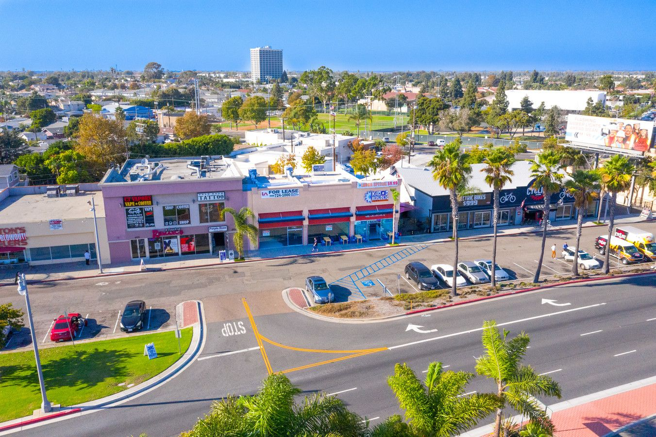 1781 Newport Blvd 5 980 Sf Retail Building Offered At 4 350 000 In Costa Mesa Ca Commercial In 2020 Commercial Real Estate Building Design Real Estate