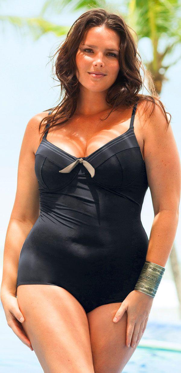 codice promozionale 10e9e f6fca Pin di Giovanna Costanzo su costumi da bagno   Donne formose ...