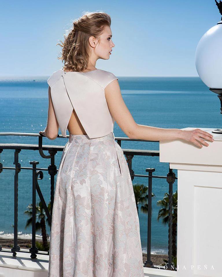 6858f188e Vestidos de fiesta 2019. Colección Primavera Verano 2019 Balcón del Mar. Sonia  Peña -